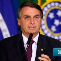 """Bolsonaro: """"Exército nos dará sustentação para que ninguém ouse ir além da Constituição"""""""